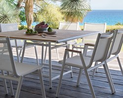 Les Terrasses d'Eden - ST CERGUES - LE MOBILIER - Nos chaises et nos fauteuils