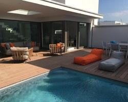 Les Terrasses d'Eden - ST CERGUES - NOS PARTENAIRES - Les réalisations - Aménagement terrasse autour de la piscine